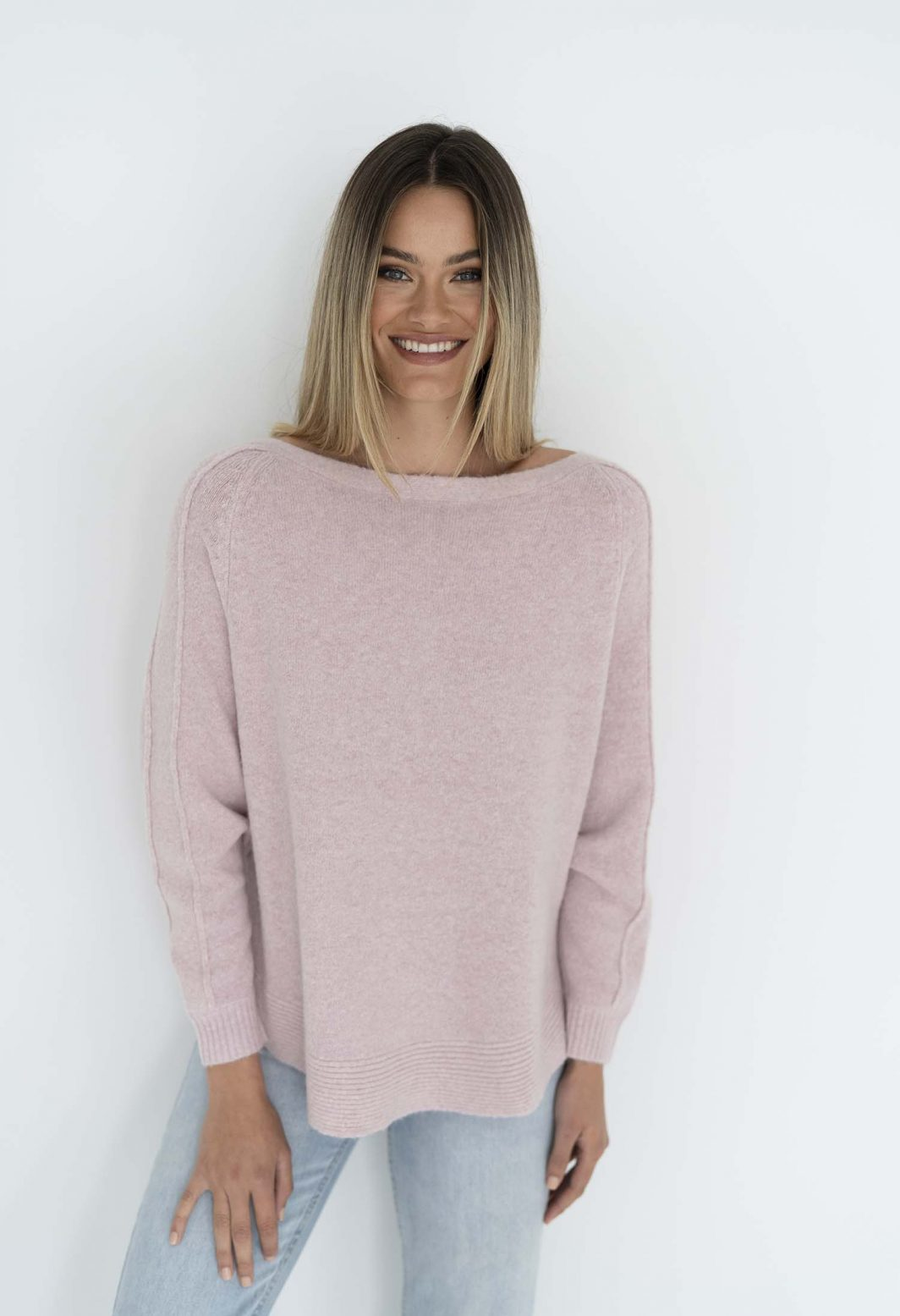 Humidity Lazy Sweater Dove Baby Pink